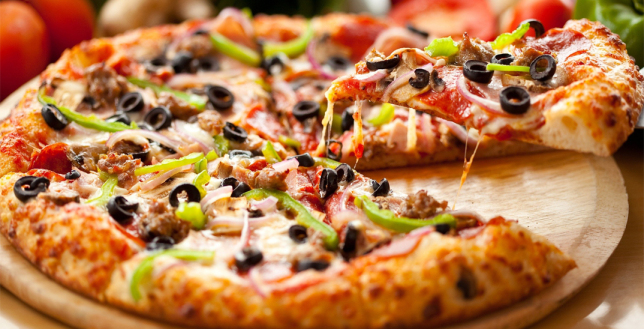 Pizza Hut Offers Friends Meal